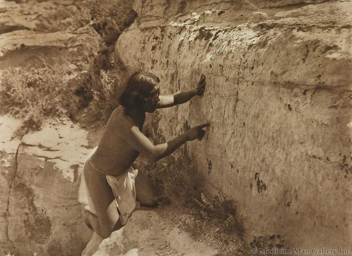 Edward S. Curtis (1868-1952) - Counting the Record (PDC1484)