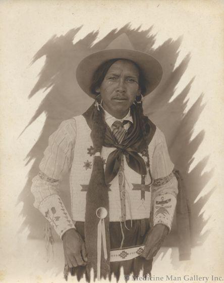 William Pennington (1874-1949) - Portrait of an Indian Man attributed to Pen-Dike Studio (M1445I)