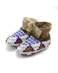 """Sioux Beaded Leather Child's Moccasins c. 1890s, 2.5"""" x 5"""" x 2.5"""" (DW1276)"""