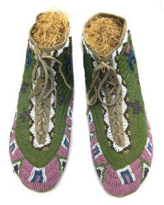 Nez Perce Beaded Moccasins (DW90757-0421-019)