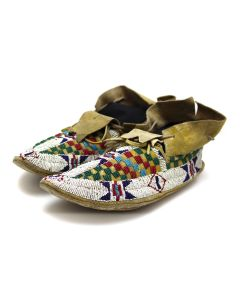 """Sioux Leather Beaded Moccasins c. 1890s, 4"""" x 9.5"""" x 3.5"""" (DW92323A-0421-005)"""