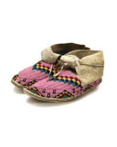 """Plateau Leather Beaded Moccasins c. 1880-90s, 4.75"""" x 10"""" x 4"""" (DW92323A-0421-009)"""