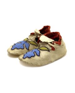 """Woodlands (Sac and Fox) Leather Beaded Moccasins with Floral Design c. 1900s, 2"""" x 5.25"""" x 2.25"""" (DW92323A-0421-015)"""