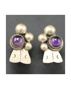 """Mexican Amethyst and Silver Screwback Earrings, c. 1940s, 1.5"""" x 0.75"""" (J92447-0612-003)"""