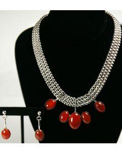 Miramontes Carnelian Necklace with Earrings