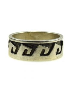 Terry Wadsworth - Hopi Sterling Silver Overlay Ring c. 1960s, size 6