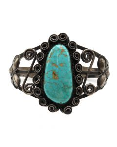 Lot 115 - Navajo Number 8 Turquoise and Silver Bracelet with Spiral Design c. 1940s, size 7 (J12068)