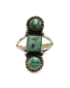 Navajo Turquoise and Silver Ring c. 1940s, size 8 (J12089)