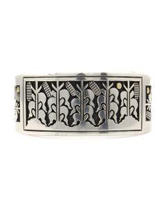 Joseph De Vern Coriz - Santo Domingo (Kewa) Sterling Silver Overlay Bracelet with Cornstalk Storyteller Design c. 1980s, size 6 (J12369)