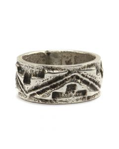 Monty Claw (b. 1977) - Navajo Contemporary Silver Tufacast Ring, size 5 (J12568)