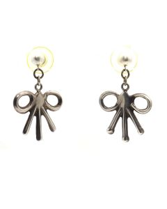 """Navajo Silver Sandcast Post Earrings with Bow Design c. 1960s, 1.5"""" x 1"""" (J13043)"""