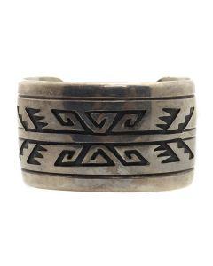 Tommy Singer (1940-2014) - Navajo Silver Overlay Bracelet c. 1970s, size 6.75 (J13167)
