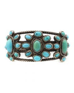 Lot 101 - Navajo Turquoise and Silver Bracelet c. 1920s, size 6.75 (J5820) Ex Pockels collection