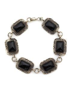 Benjamin Piaso - Navajo Onyx and Sterling Silver Link Bracelet c. 1980s, size 8 (J91046-1020-001)