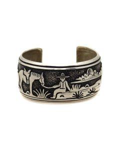 Tommy Singer (1940-2014) - Navajo Sterling Silver Storyteller Bracelet c. 1980s, size 7 (J91139A-0321-001)