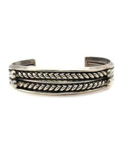 Miramontes - Large Twisted Silver Wire Bracelet, size 7 (J91305-053-060)