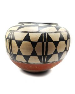 "Santo Domingo Polychrome Jar c. 1900-20s, 14"" x 16"" (P91138A-0120-053)"