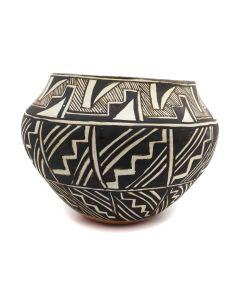"Acoma Jar with Geometric Design c. 1940s, 7"" x 9"" (P92323A-1020-025)"