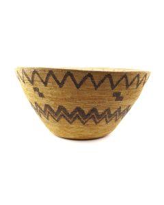 """Lot 252 - Large Yokuts Basket c. 1890s, 10"""" x 19.5"""" (SK1683)"""