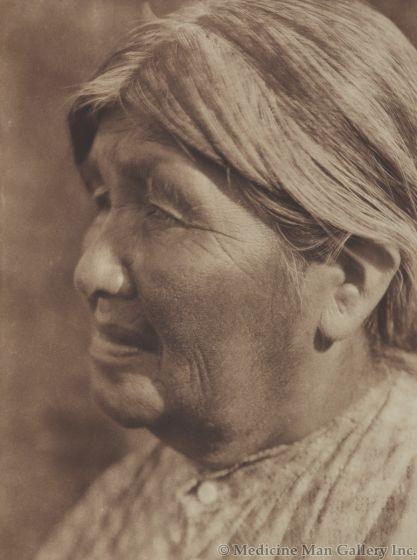 Edward S. Curtis (1868-1952) – A Yaundanchi Yokuts Woman