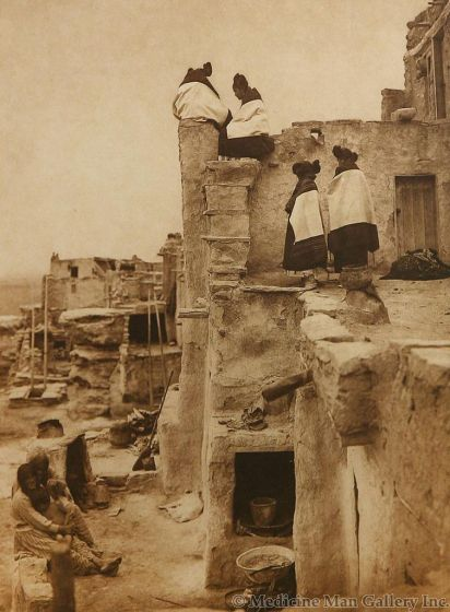 SOLD Edward S. Curtis (1868-1952) - On the Housetop