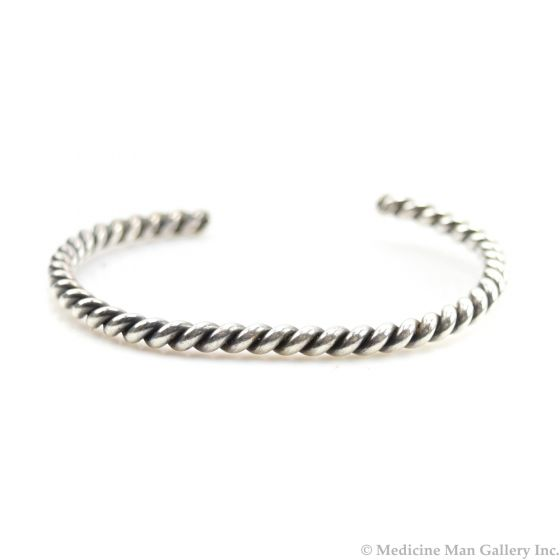 Garden of the Gods - Navajo Silver Bangle Bracelet with Rope Design c. 1930s, size 6 (J10086)