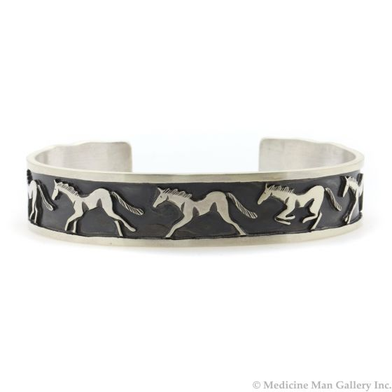 Roland Begay - Navajo Contemporary Sterling Silver Storyteller Bracelet with Horse Pictorials, size 7 (J13213)