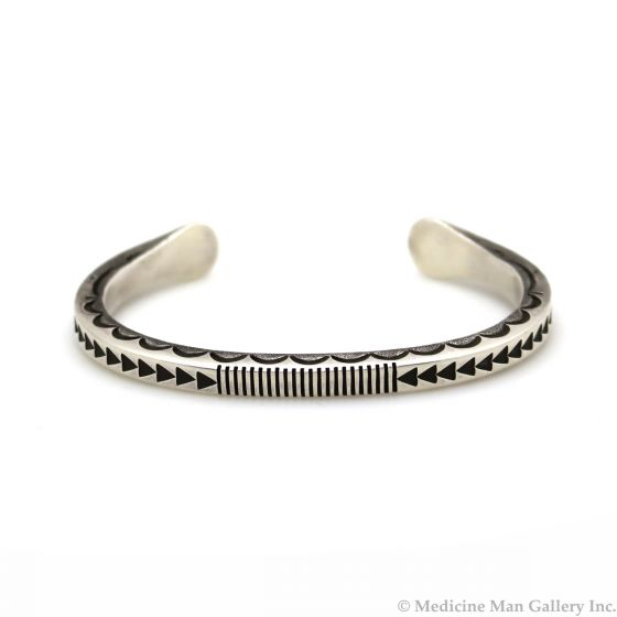 Kee Nataani - Navajo Contemporary Turquoise and Silver Bracelet with Stamped Design, size 7.5 (J13360)