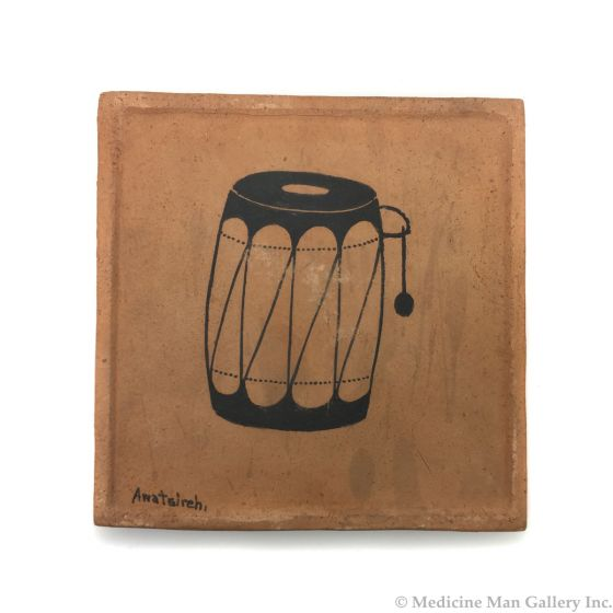 """Awa Tsireh (1895-1955) – San Ildefonso Pottery Tile with Drum, c. 1920s, 5"""" x 5"""" (P3304-CO-69)"""