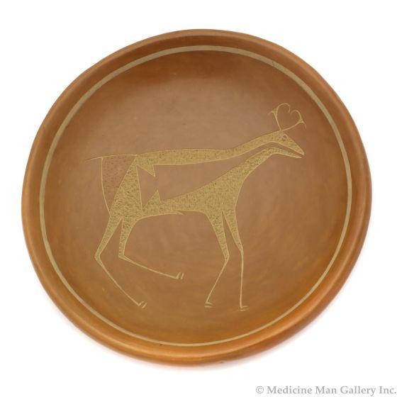 "Tony Da (1940-2008) - San Ildefonso Sienna Sgraffito Plate with Heartline Deer Design c. 1970s, 1.25"" x 7"" (P91138A-0120-049)"