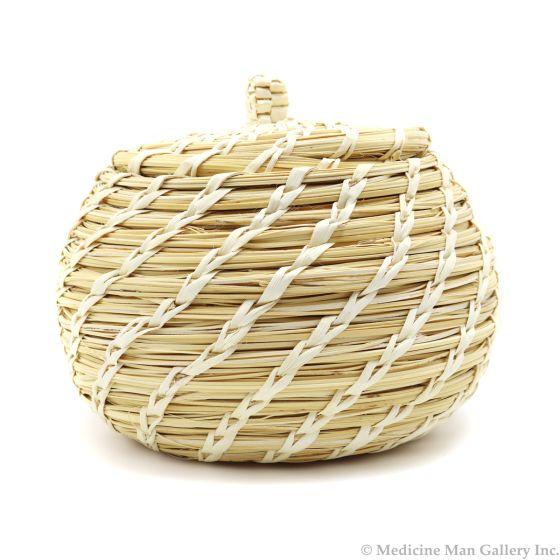 """Tohono O'odham Gap Stitch Lidded Basket c. 1960s, 5"""" x 5.5"""" (SK3009)"""