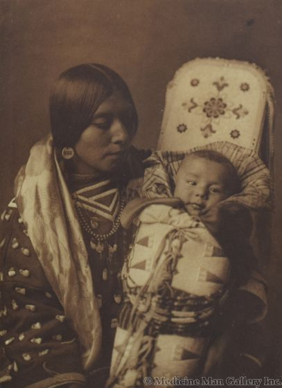 Edward S. Curtis (1868-1952) - Mother and Child - Apsaroke