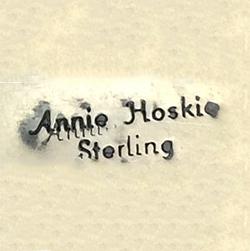 Hoskie, Annie