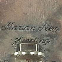 Nez, Marian