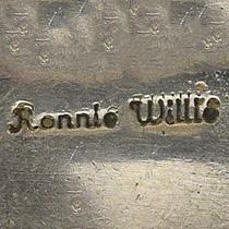Willie, Ronnie