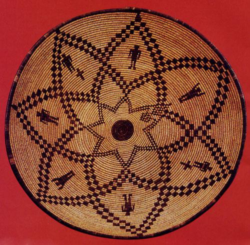 Western Apache figurative tray, c. 1900, d: 50.8 cm
