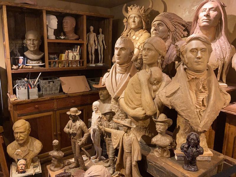 Sunti World Art Gallery Interior