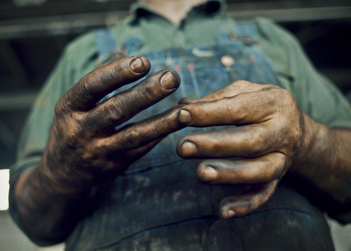 Nathan Benn, St. Albans, 1973, Hands