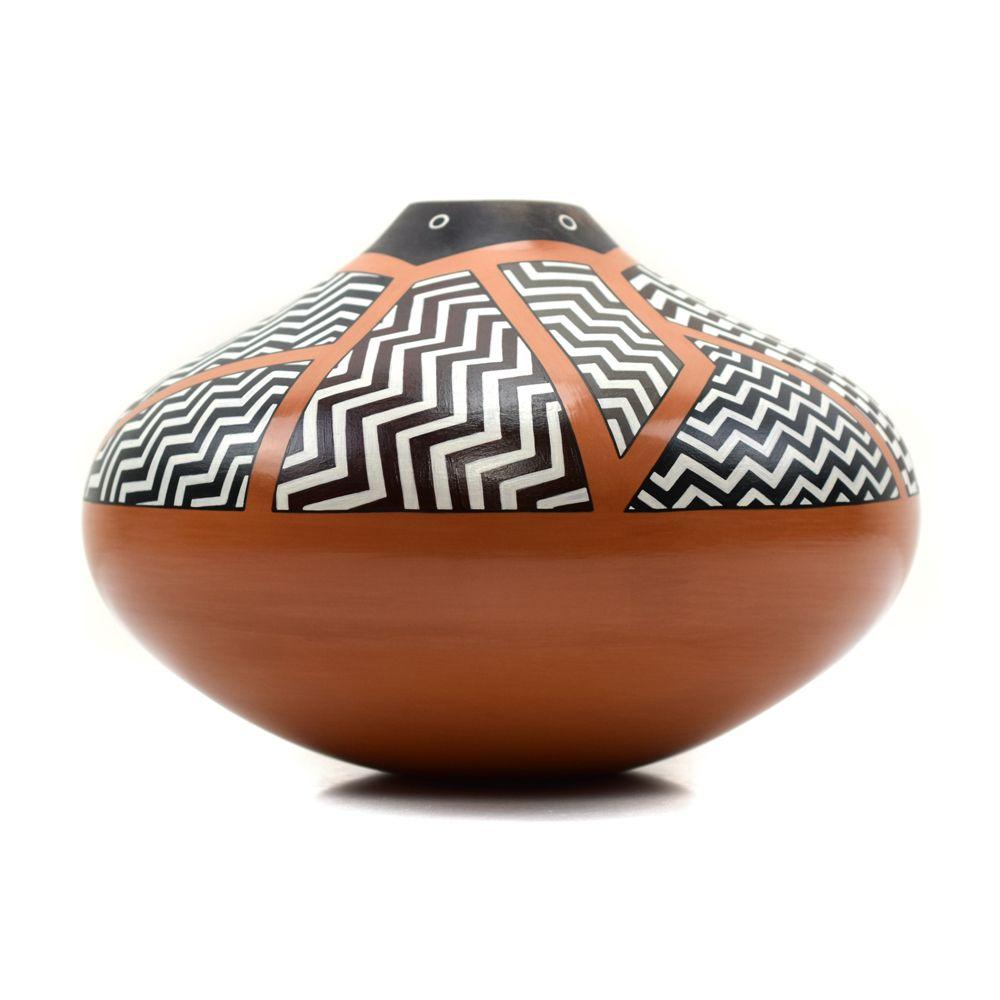 Les Namingha - Hopi Polychrome Jar with Mimbres Eyedazzler Design