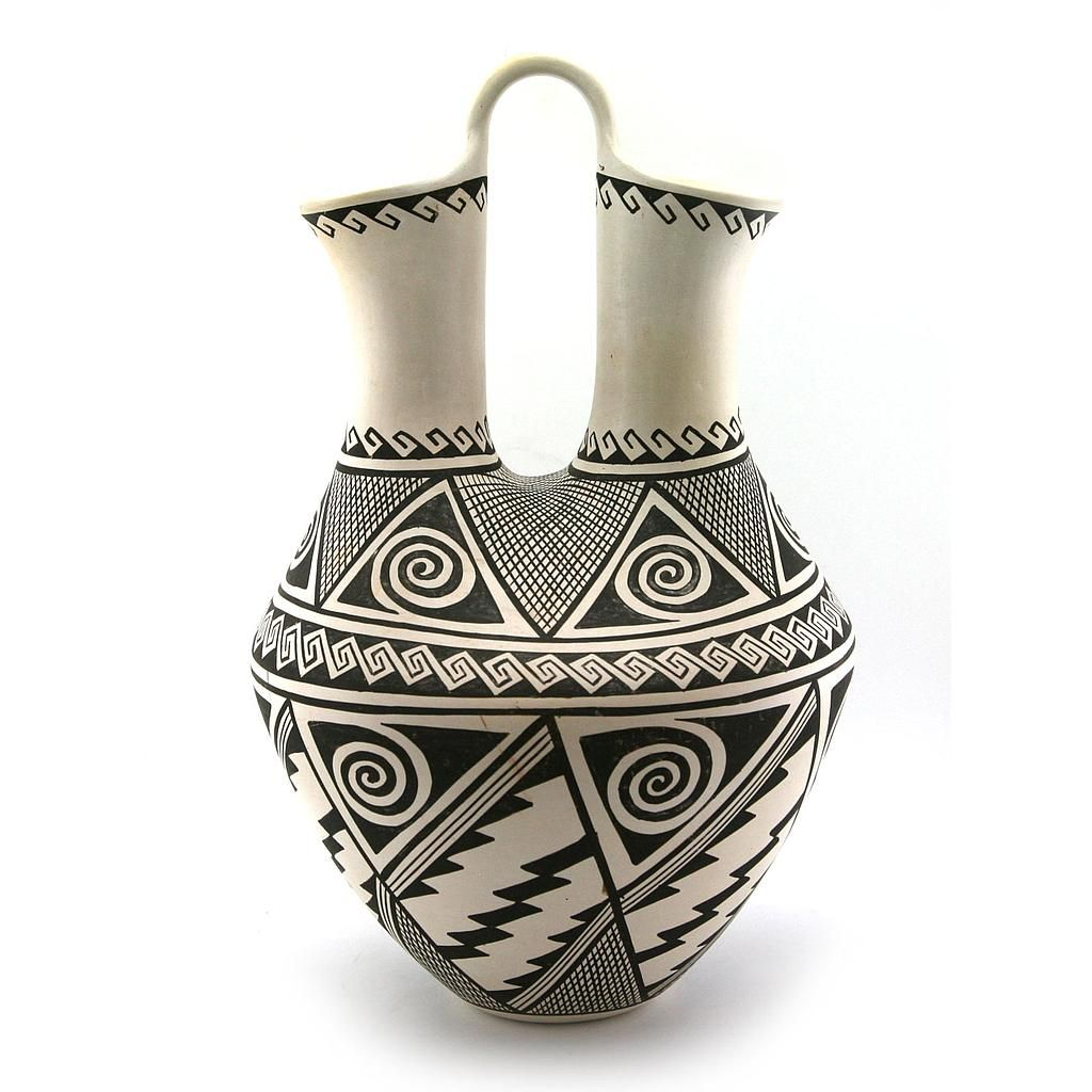 Helen Naha - Hopi Black and White Wedding Vase