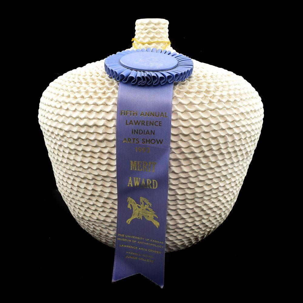 Jackie Shutiva Histia - Acoma Ribbon Winning Corrugated Jar