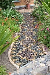 Anne Ziemienski, Pebble Mosaic Pathway